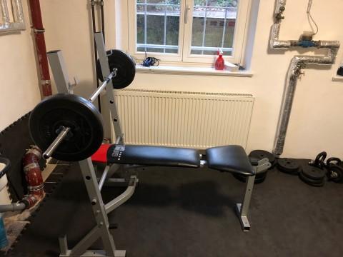 UKE Alumni unterstützt FSR-Fitnessraum
