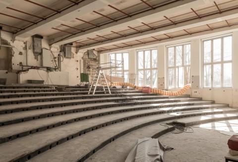 Restaurierung des Fritz-Schumacher-Hörsaals gestartet